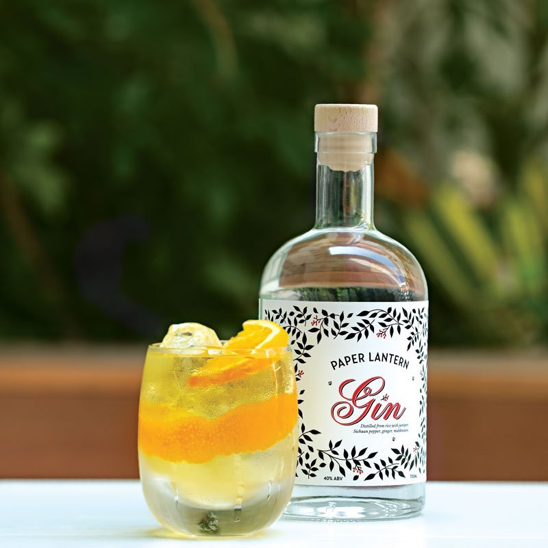 bottle-with-sunset-cocktail